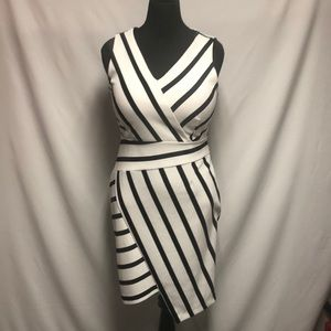 METAPHOR STRIPED DRESS SIZE LARGE